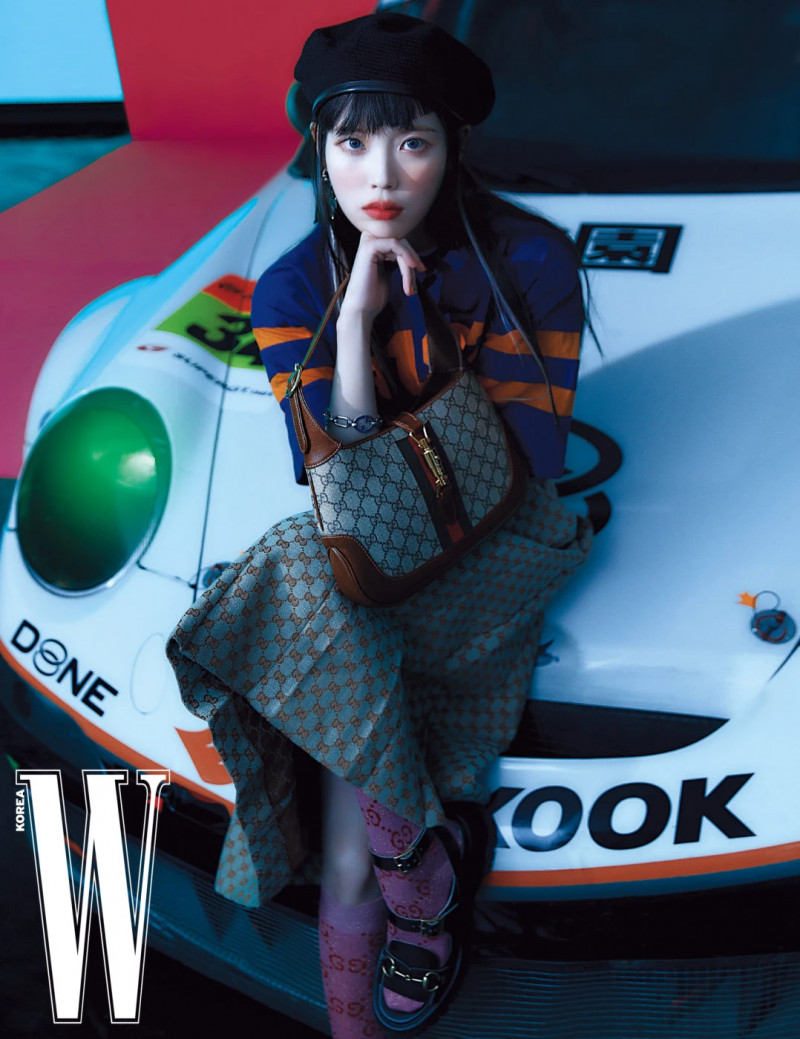 IU for W Korea Magazine April 2021 Issue documents 8