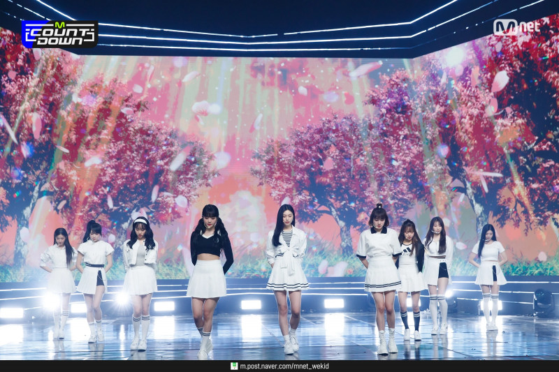 210225 (G)I-DLE X IZ*ONE X Weki Meki - Into The New World at M Countdown documents 2