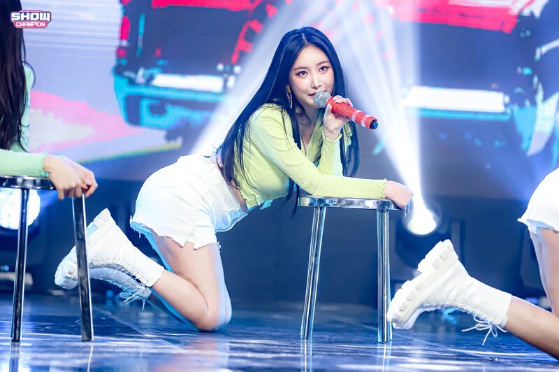 210317 Brave Girls - Rollin' at Show Champion documents 5