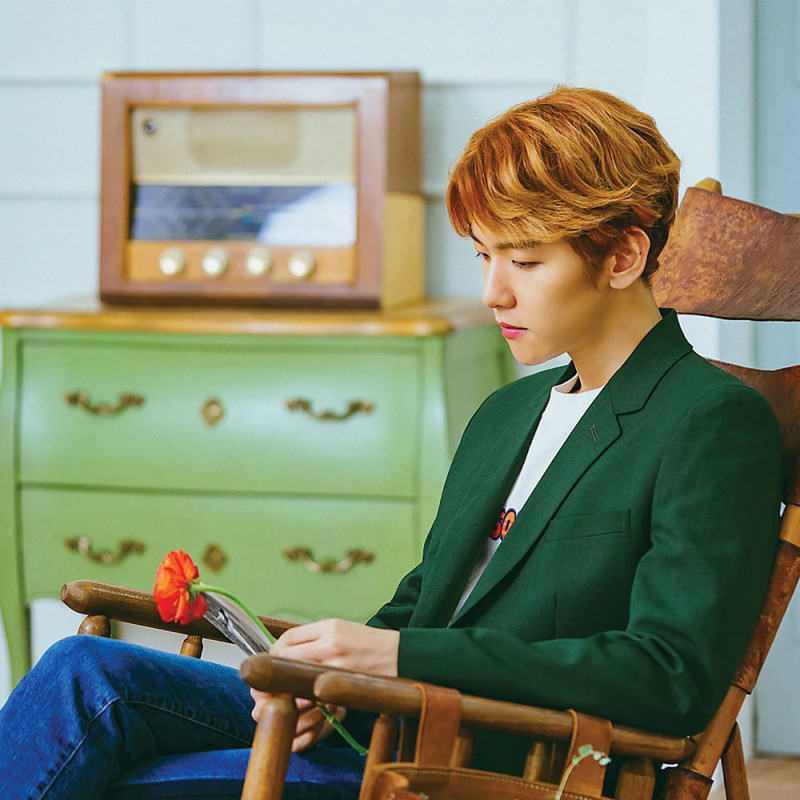 "BAEKHYUN ""Take You Home"" Concept Teaser Images documents 4"