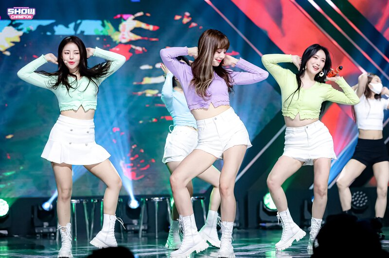 210317 Brave Girls - Rollin' at Show Champion documents 1