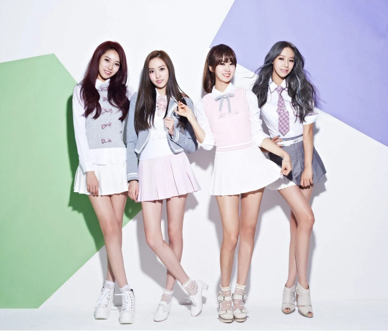 BESTie_I Need You_group_promo_5.jpg
