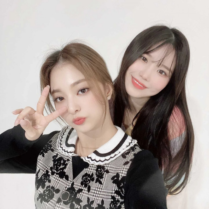 210408 fromis_9 Twitter Update - Hayoung & Nagyung documents 1