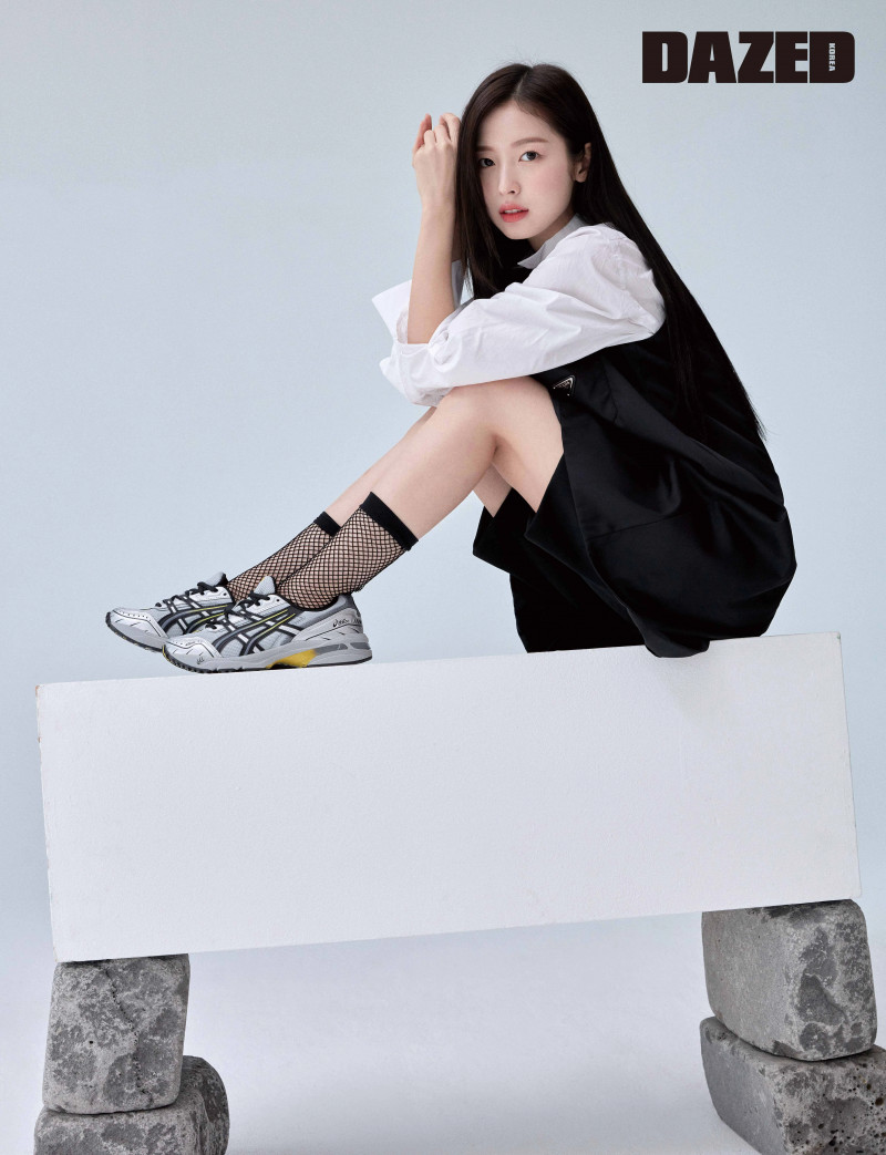 OH MY GIRL Arin for Dazed Korea Magazine March 2021 documents 6