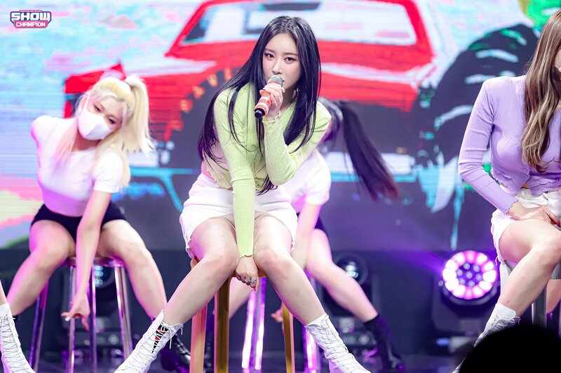 210317 Brave Girls - Rollin' at Show Champion documents 4