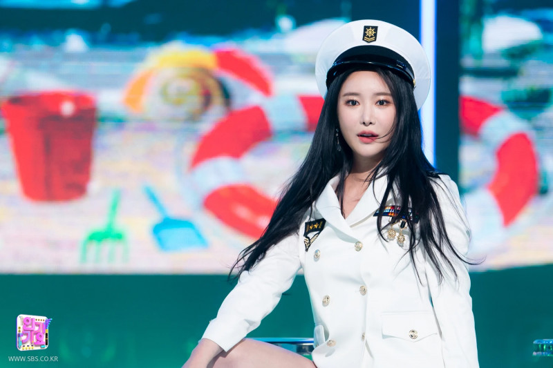 210321 Brave Girls - Rollin' at Inkigayo documents 2