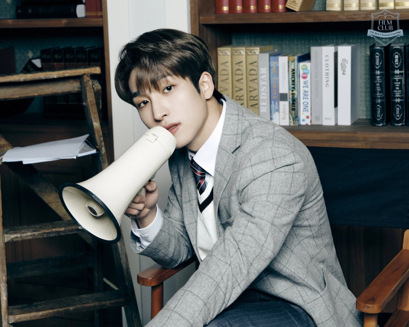 THE BOYZ 2021 Season's Greetings [FILM CLUB] Preview Teaser Images documents 5