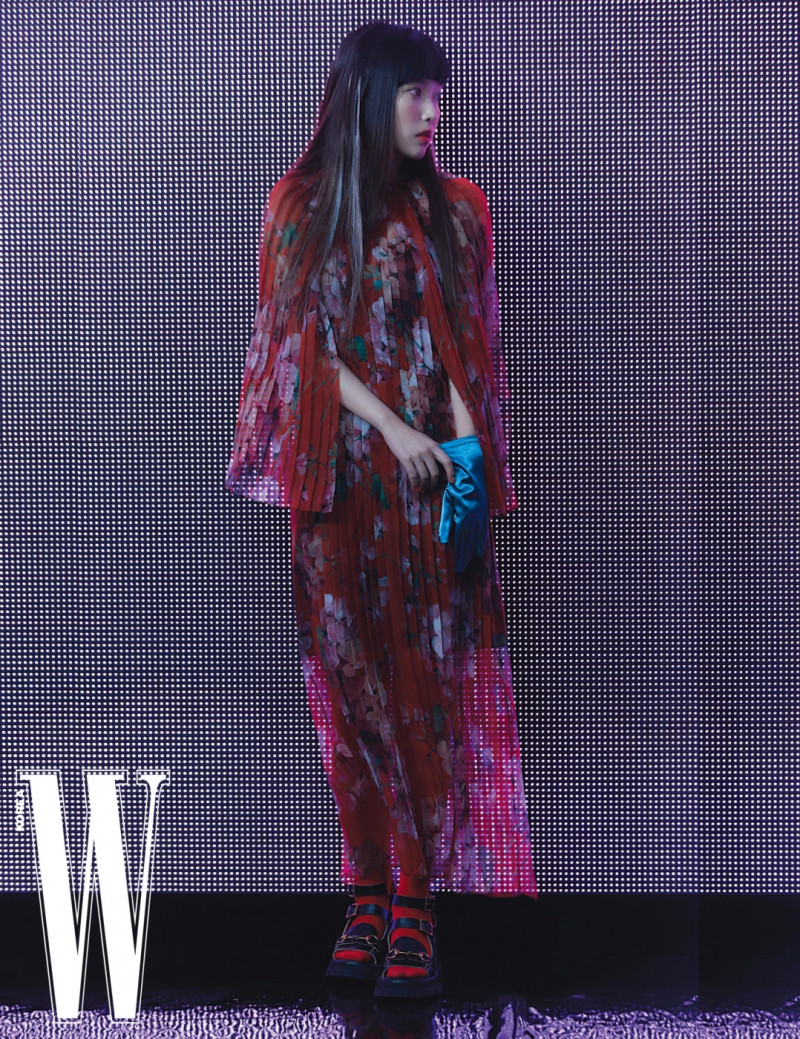 IU for W Korea Magazine April 2021 Issue documents 3