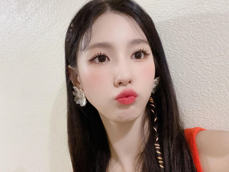 210418 U Cube Update - (G)I-DLE Miyeon documents 3