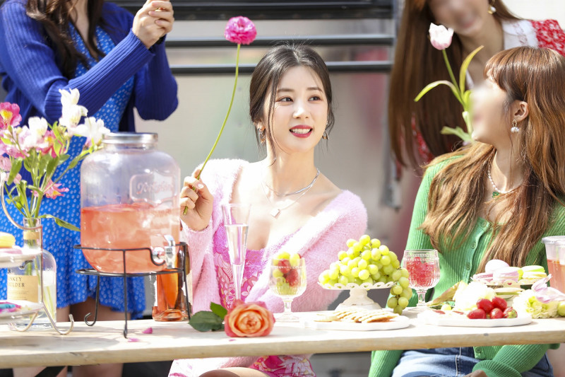 210419 Apink 'Thank you' MV Shoot by Melon documents 12