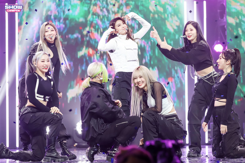 210224 Dreamcatcher - 'Wind Blows' at Show Champion (MBC Naver Post) documents 3