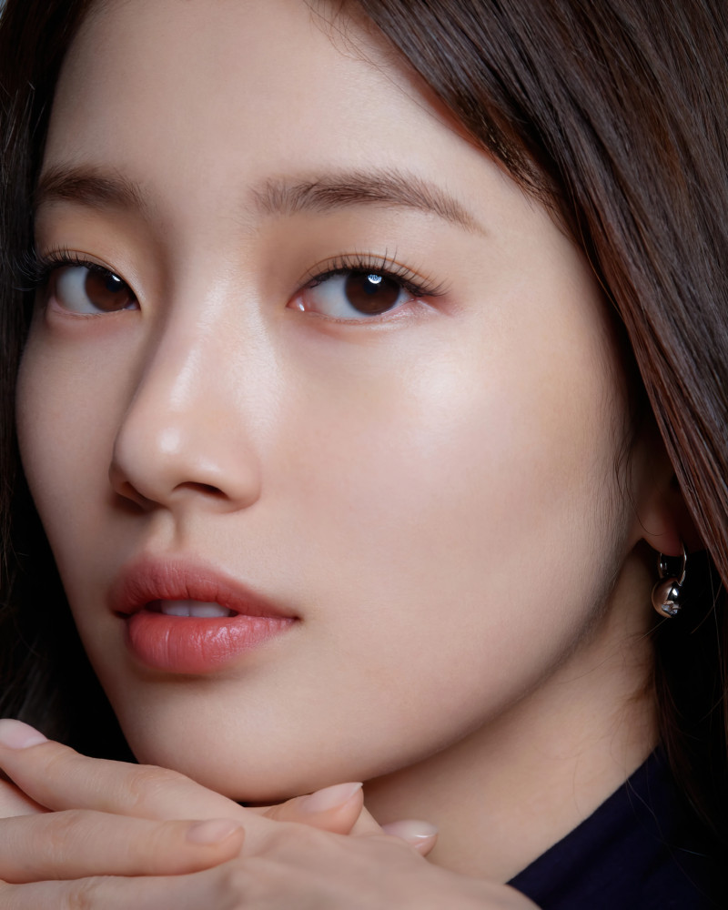 Bae Suzy for Marie Claire Korea Magazine March 2021 x Lancome documents 9