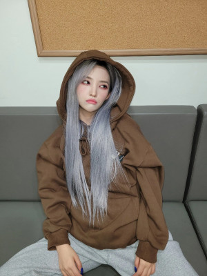 210123 (G)I-DLE SNS Update - Soyeon
