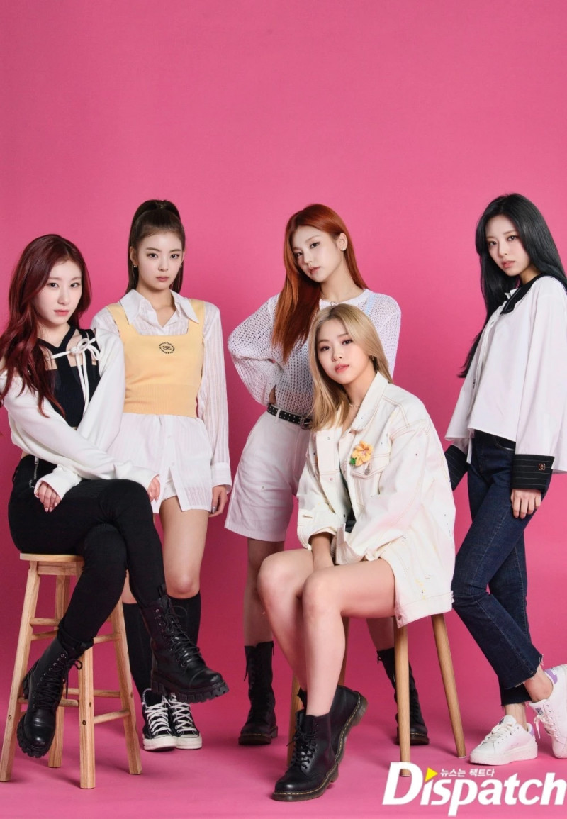 210427 ITZY 'GUESS WHO' Promotion Photoshoot by Dispatch documents 4