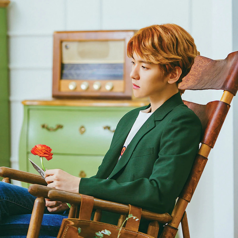 "BAEKHYUN ""Take You Home"" Concept Teaser Images documents 8"