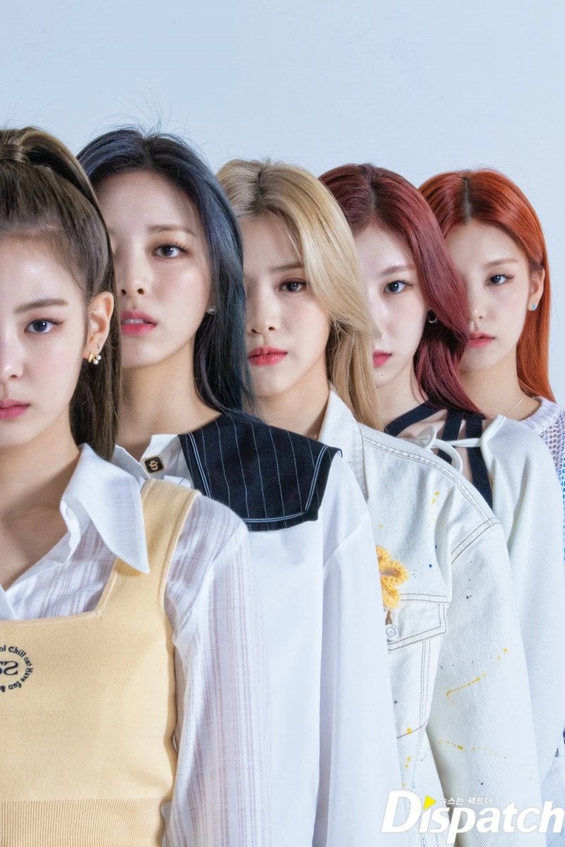 210427 ITZY 'GUESS WHO' Promotion Photoshoot by Dispatch documents 2