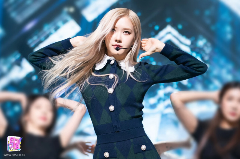 210404 Rosé - 'On The Ground' at Inkigayo documents 1