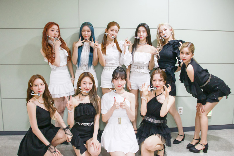 210415 Starship Naver Post - WJSN 'UNNATURAL'  1st Week Music Show Behind documents 2