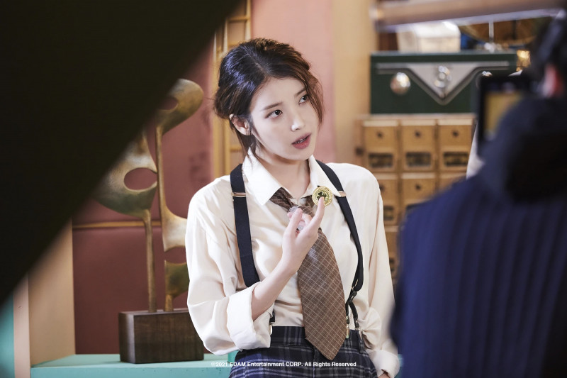 210401 Edam Naver Post - IU 'Coin' MV Behind documents 10