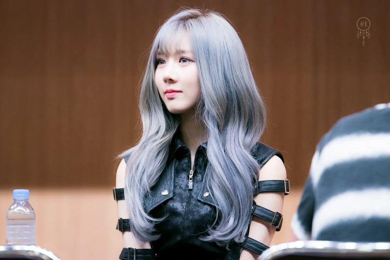 Yoohyeon332.jpg