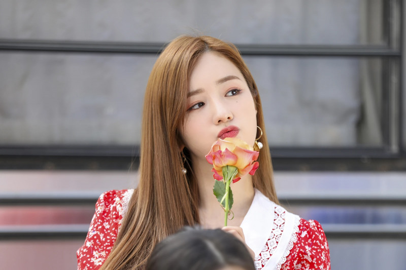 210419 Apink 'Thank you' MV Shoot by Melon documents 8