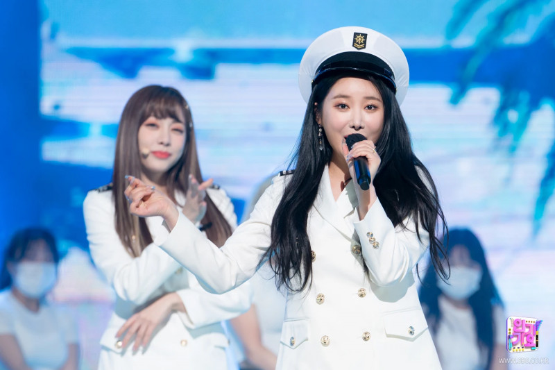 210321 Brave Girls - Rollin' at Inkigayo documents 8