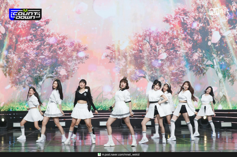 210225 (G)I-DLE X IZ*ONE X Weki Meki - Into The New World at M Countdown documents 4