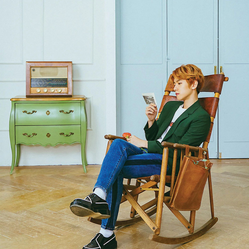 "BAEKHYUN ""Take You Home"" Concept Teaser Images documents 2"